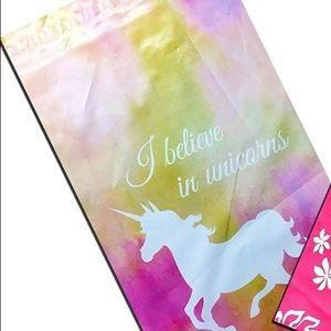 40 6x9 Unicorn Mailers